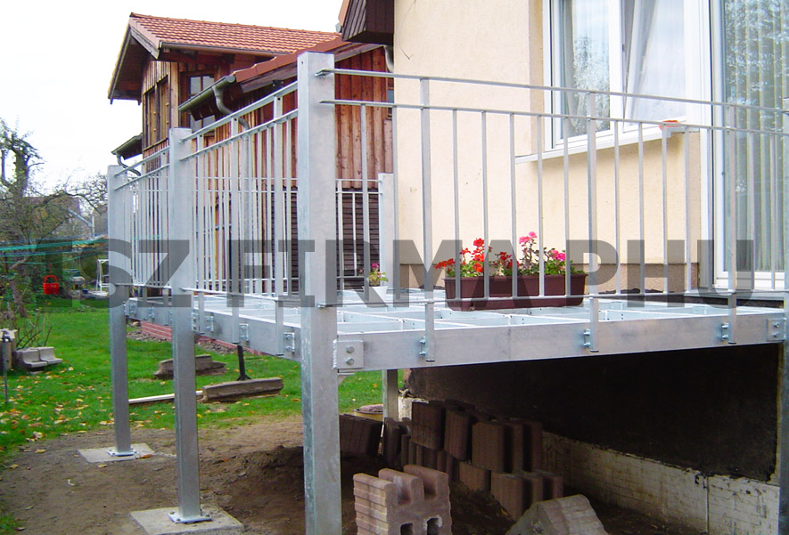 Metalltreppe Und Stahltreppen Aus Polen Zum Guten Preis